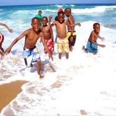 Galery kids in water